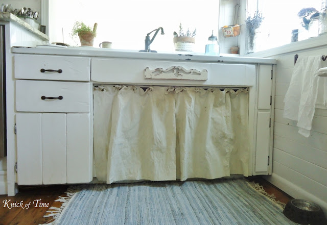 Farmhouse Kitchen Sink Feedsack Curtains via KnickofTimeInteriors.blogspot.com