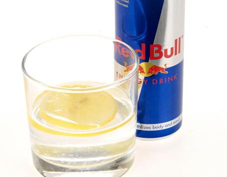 Minuman Berenergi Dicampur Vodka Berbahaya Bagi Kesehatan