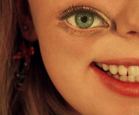 Sandra Holmbom auto-maquiagens criativas e bizarras Olho caído