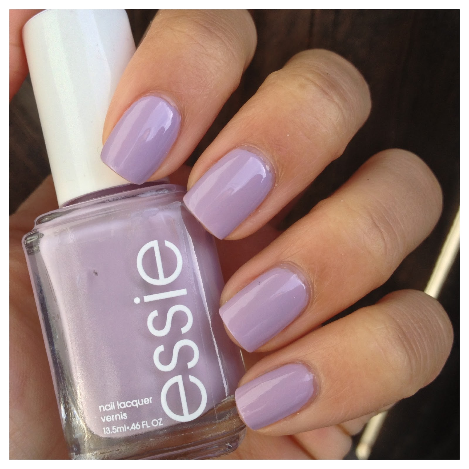 What I Blog About When I Blog About Books: NOTD: Essie \