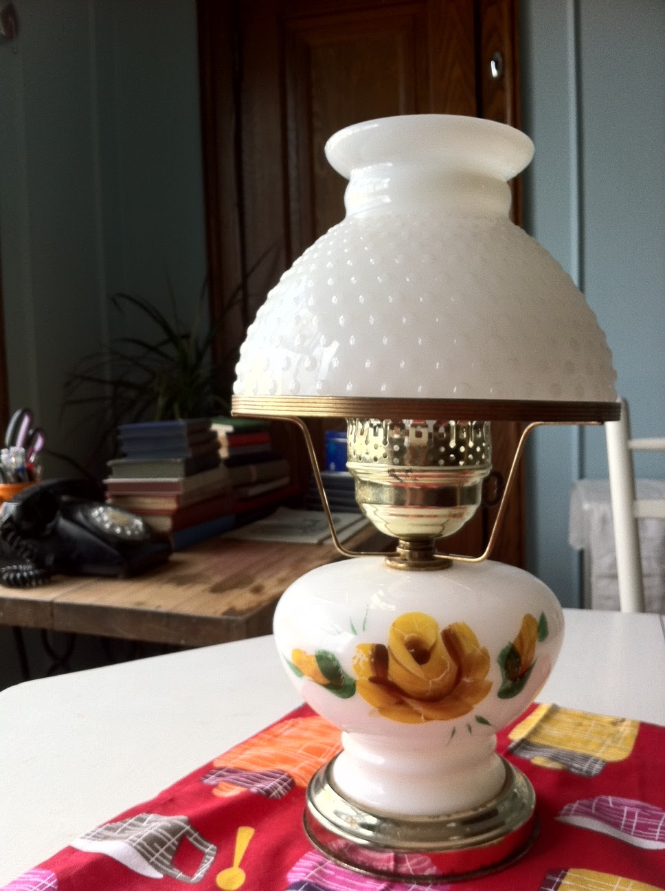 lady jane 39 s treasure trove sold vintage hobnail milk
