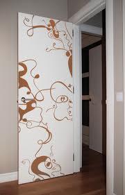Como decorar puertas aprender hacer bricolaje casero for Como restaurar una puerta