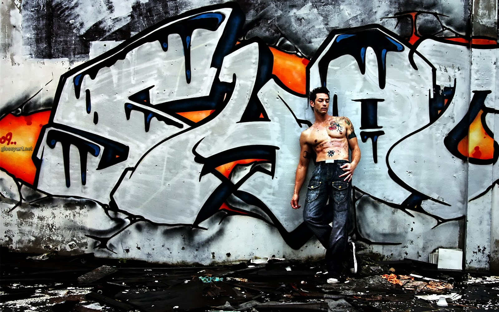 Graffiti wallpaper love