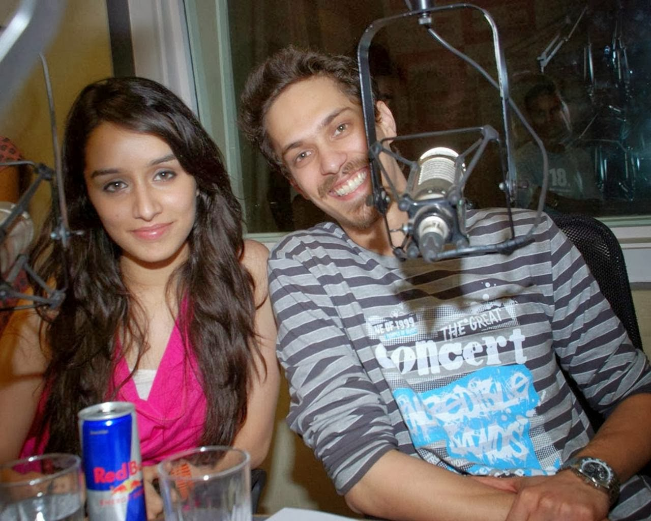 Shraddha+Kapoor+Latest+Hot+Spicy+Pictures005