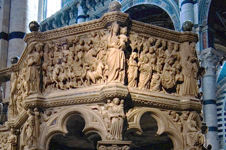 Northern gothic pulpit by Nicola Pisano (1265 - 1268)