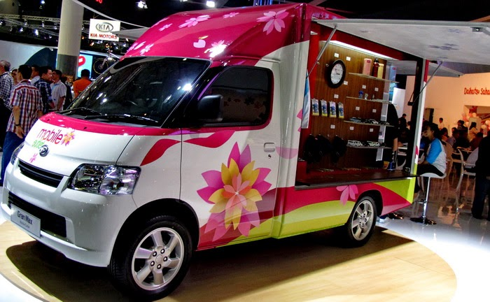 Modifikasi Mobil Daihatsu Granmax Box Jualan