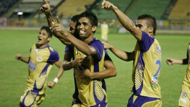 Melhores Momentos de América-RN 2x0 Horizonte Copa do Brasil 2012.