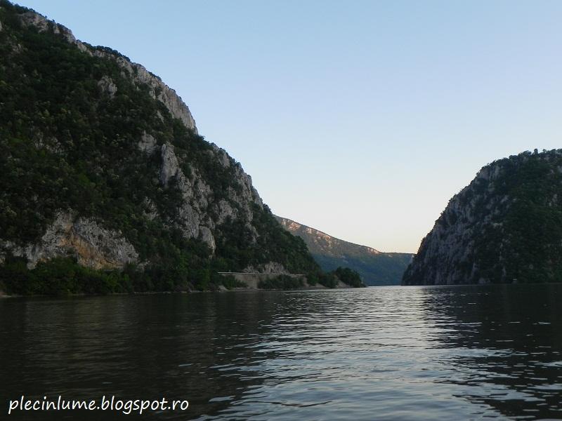 Cazanele Dunarii la apus
