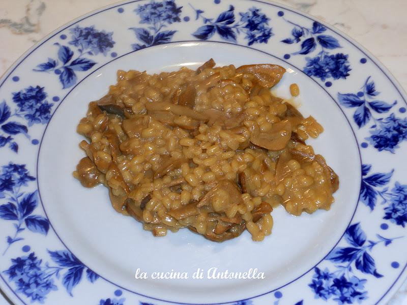 La cucina di antonella orzotto con i funghi porcini - La cucina di antonella ...