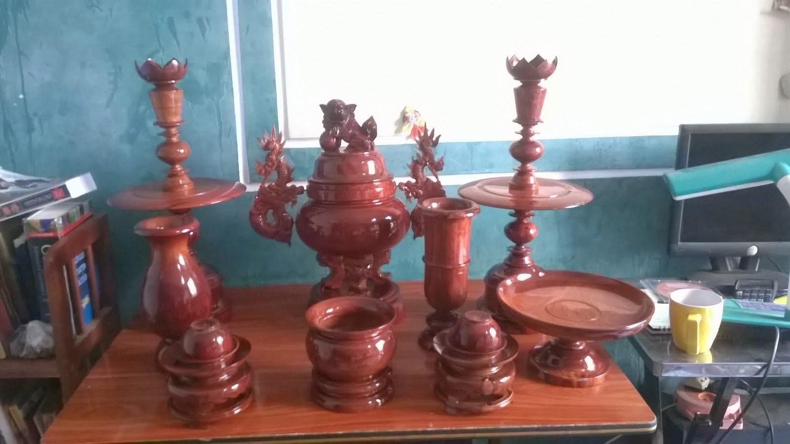 Bộ đồ thờ gỗ