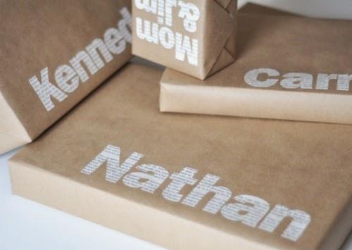 Papel kraft con letras de periódico