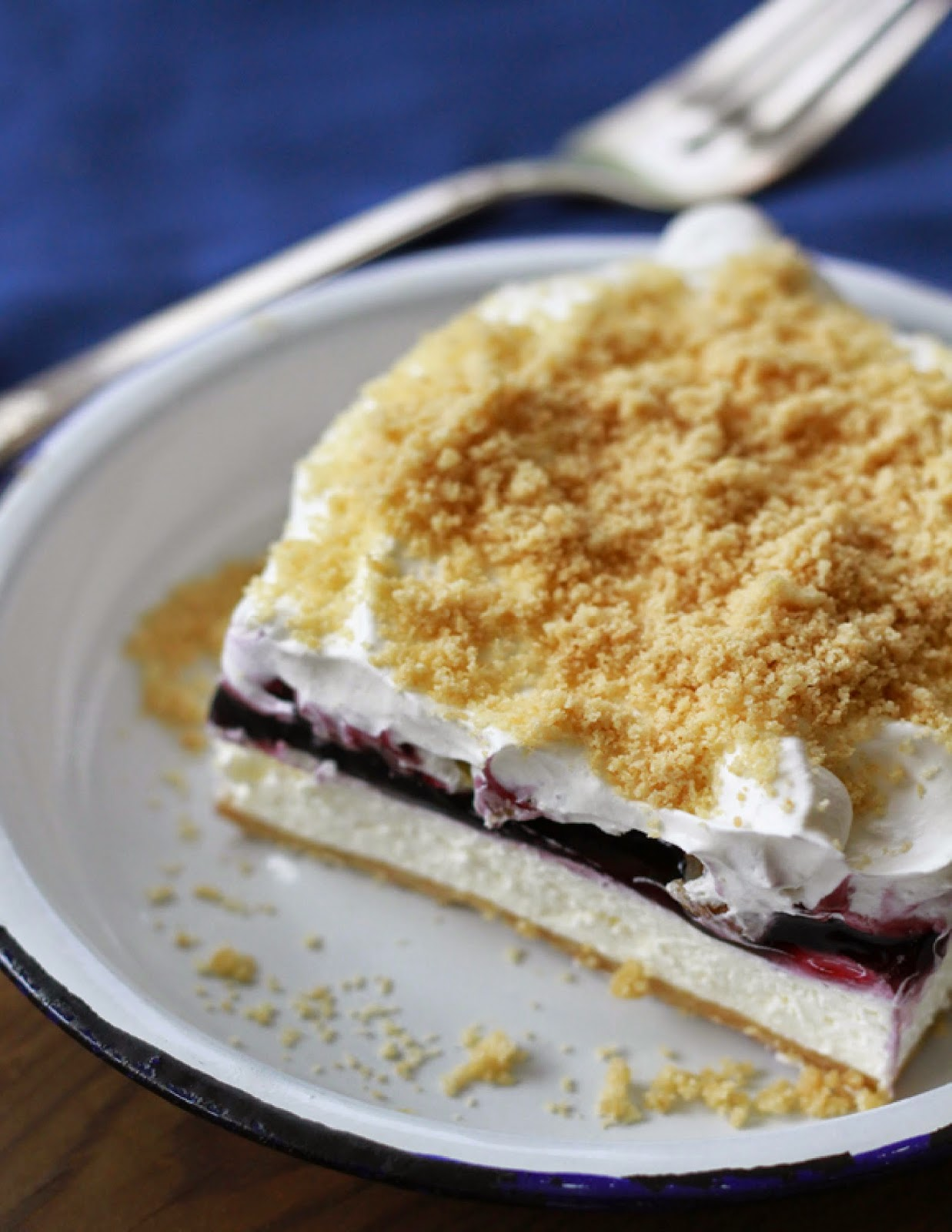 Amish Blueberry Layer Pie