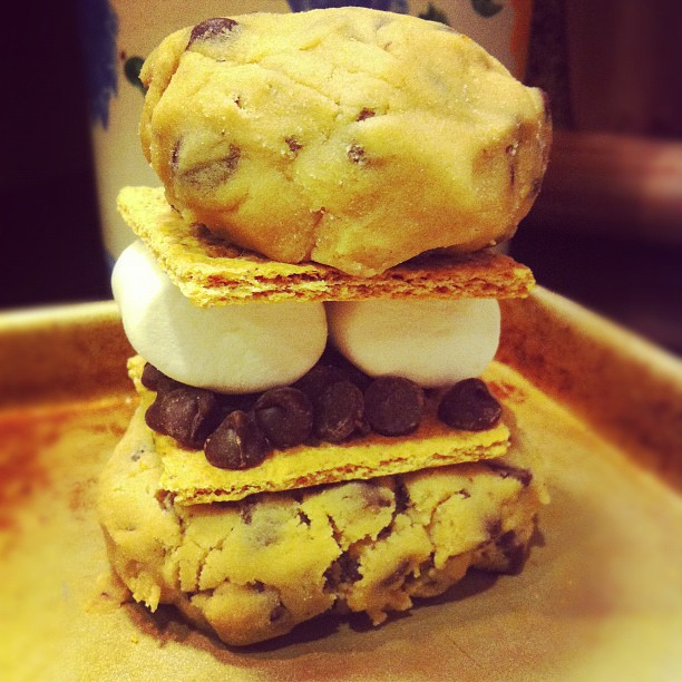 simply sweet justice: S'more Stuffed Chocolate Chip Cookies