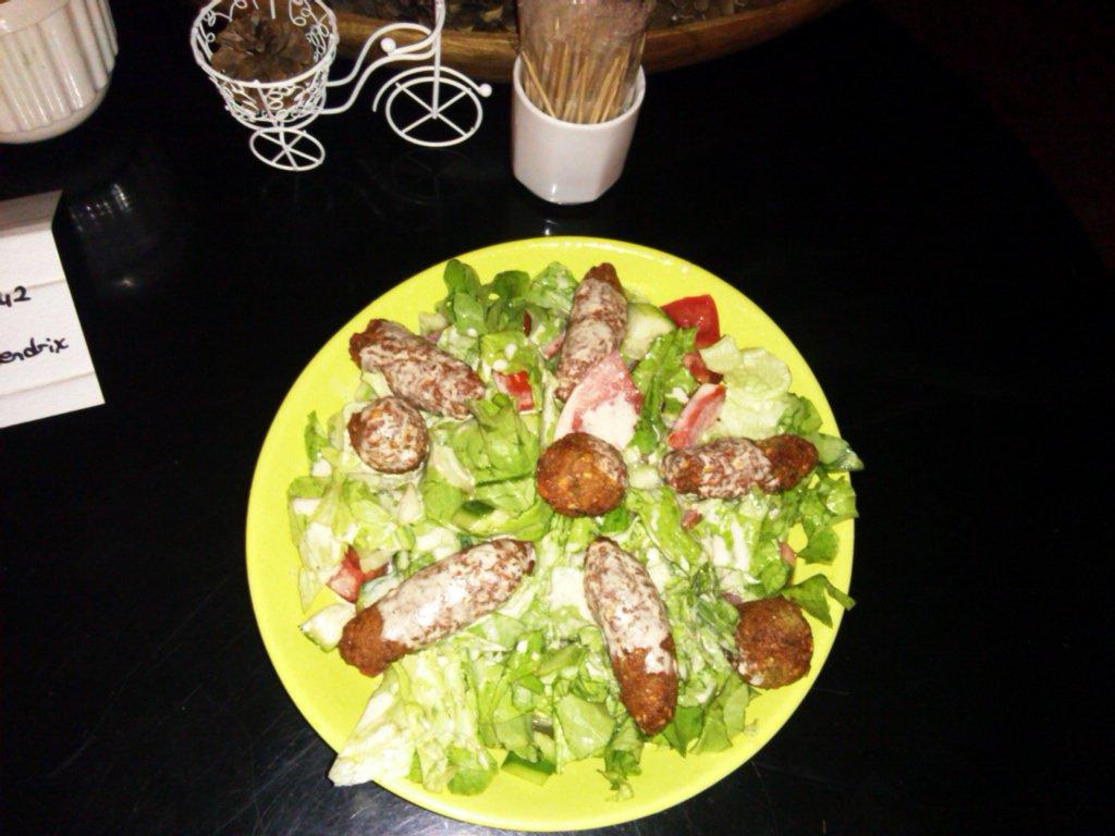 falafel salata