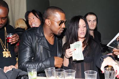 >News // Kanye West À La Fashion Week De New York