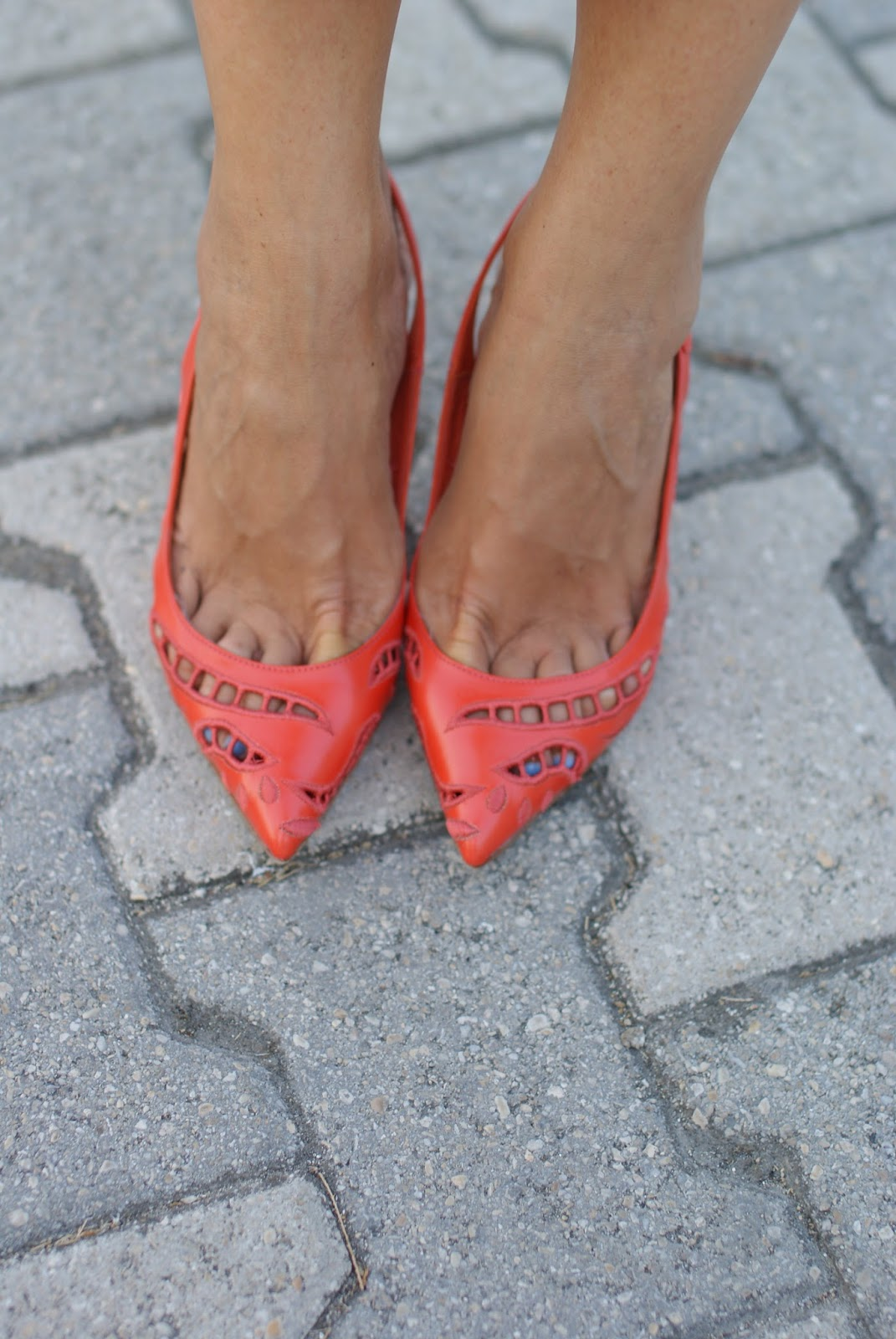 Le Silla orange slingbacks on Fashion and Cookies fashion blog