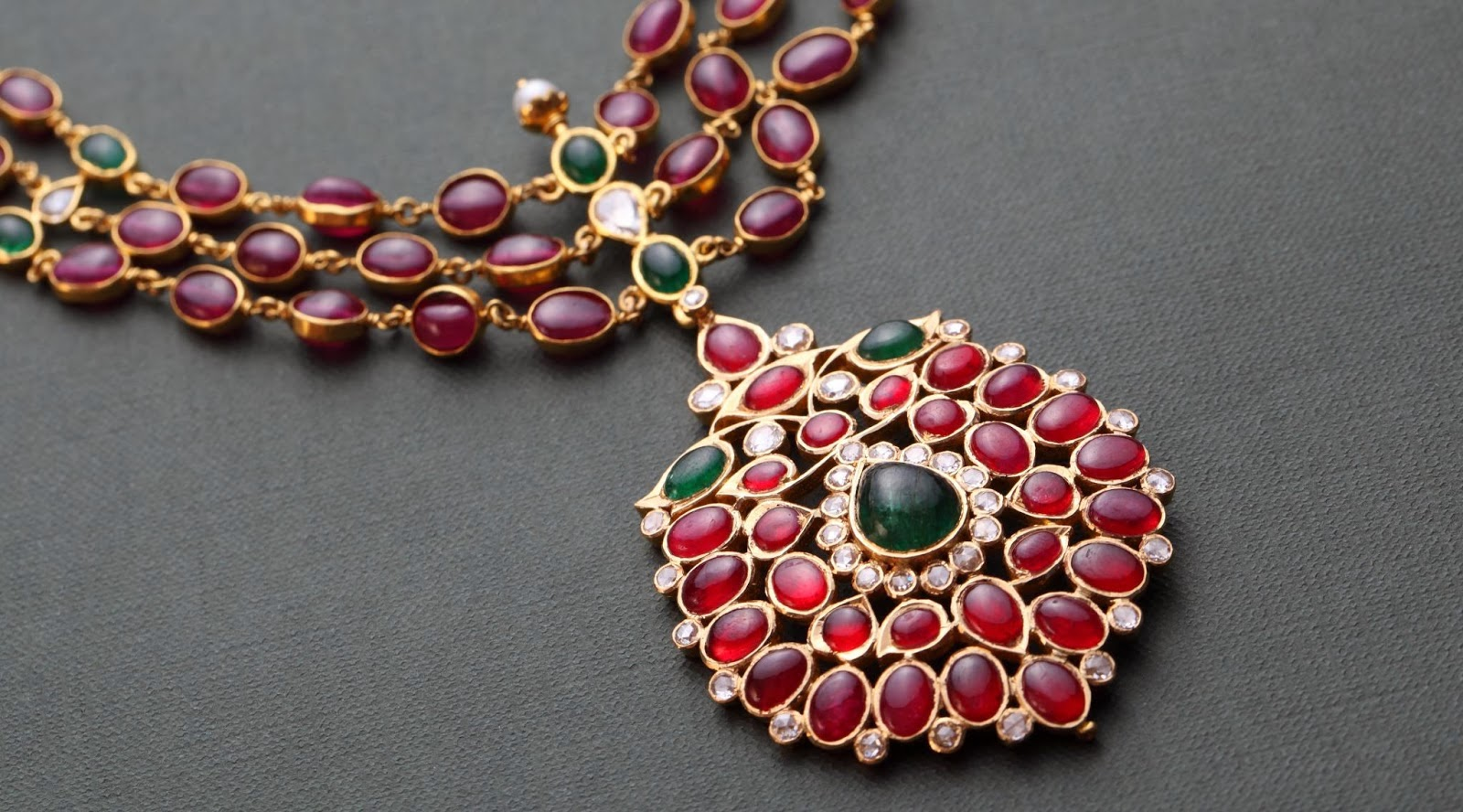 incian ruby necklace
