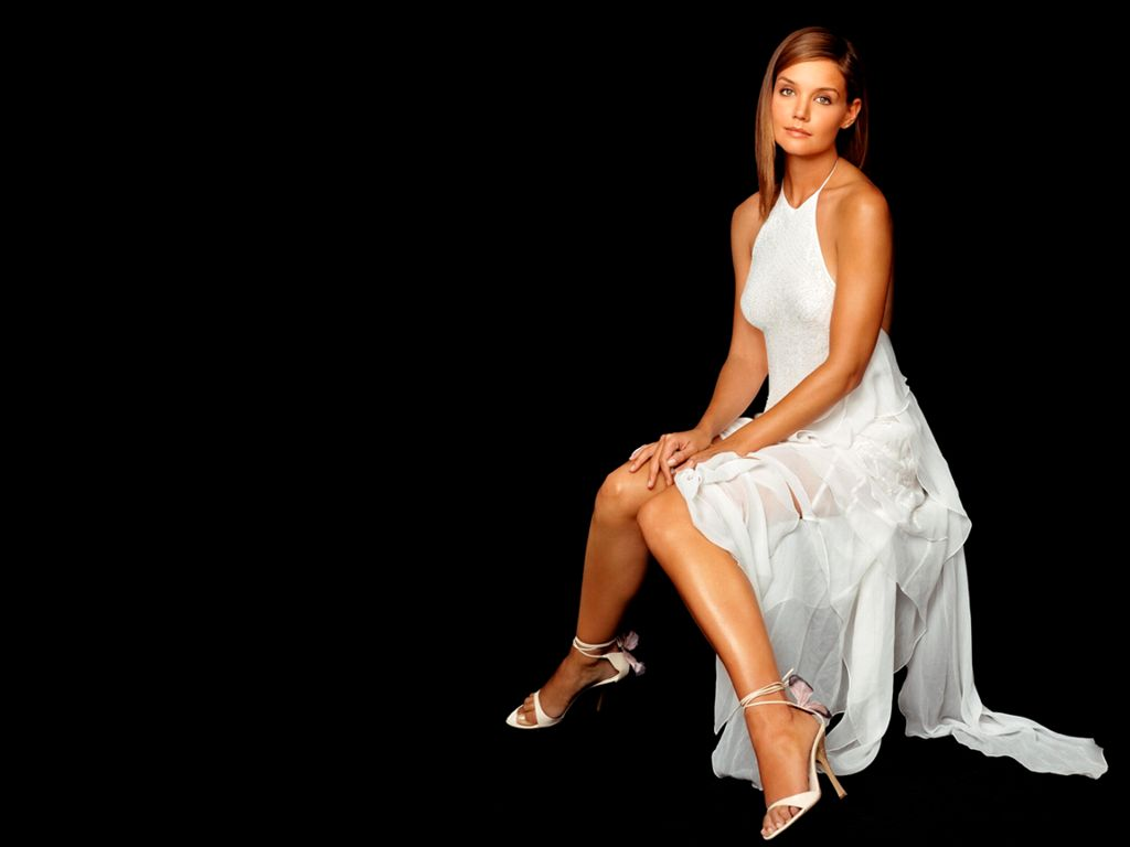 Katie Holmes Hot Pictures, Photo Gallery & Wallpapers