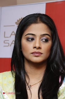Priyamani Pictures in Salwar Kameez at Lakme Salon Launch at Secundrabad  0001