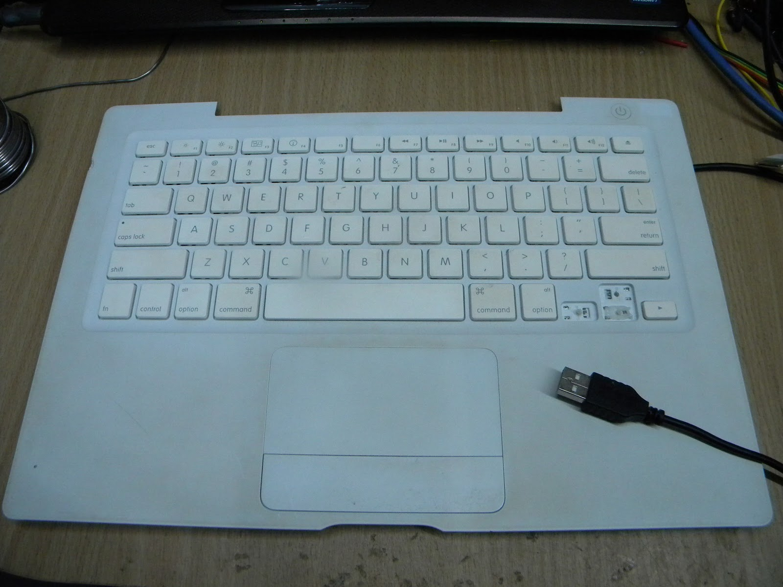 Attempted maker: Converting Macbook keyboard/touch pad into USB ...