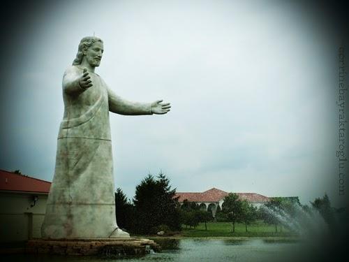 Giant Jesus Statue