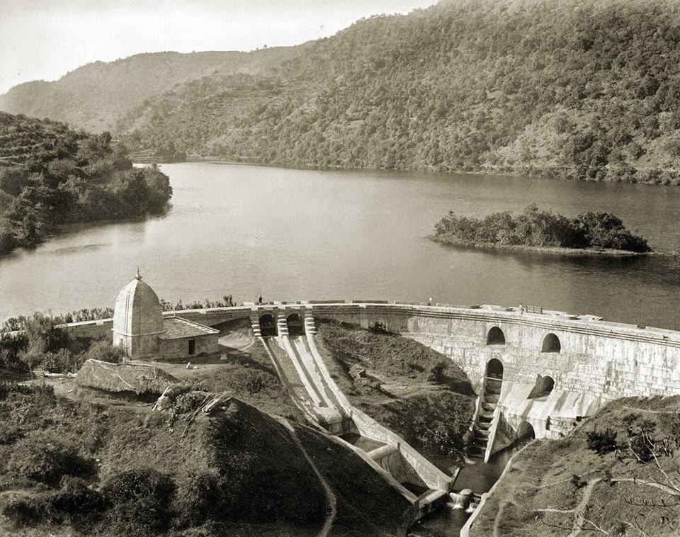 Victoria Dam in Bhimtal