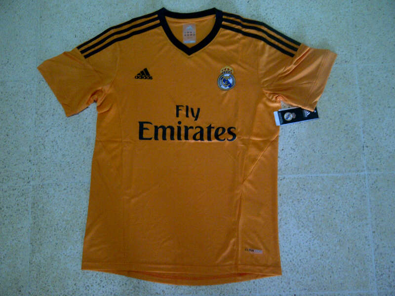 Jual Jersey Real Madrid Kuning 2013/2014 Sponsor Fly Emirates