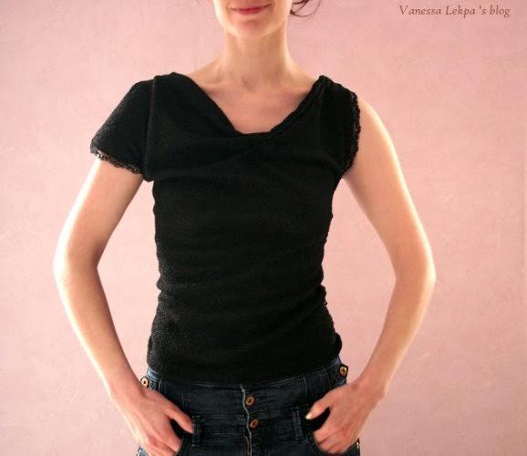 tuto de couture patron réalisé par Vanessa Lekpa top assymétrique en maille noire et dentelle de calais noire sexy et ultra glamour
