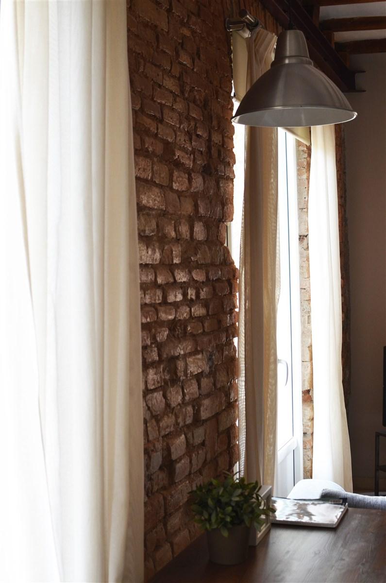 salon styl loftowy industrialny, cegła