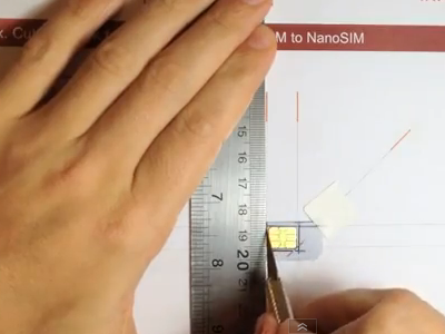 Cara Memotong SIM Card biasa atau Micro SIM Card menjadi seukuran Nano SIM Card