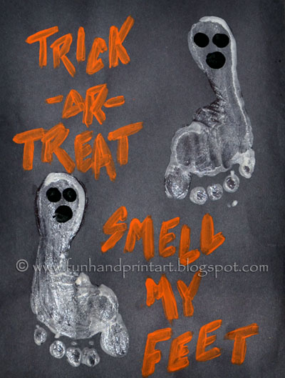 Kids Halloween Craft - Footprint Ghosts