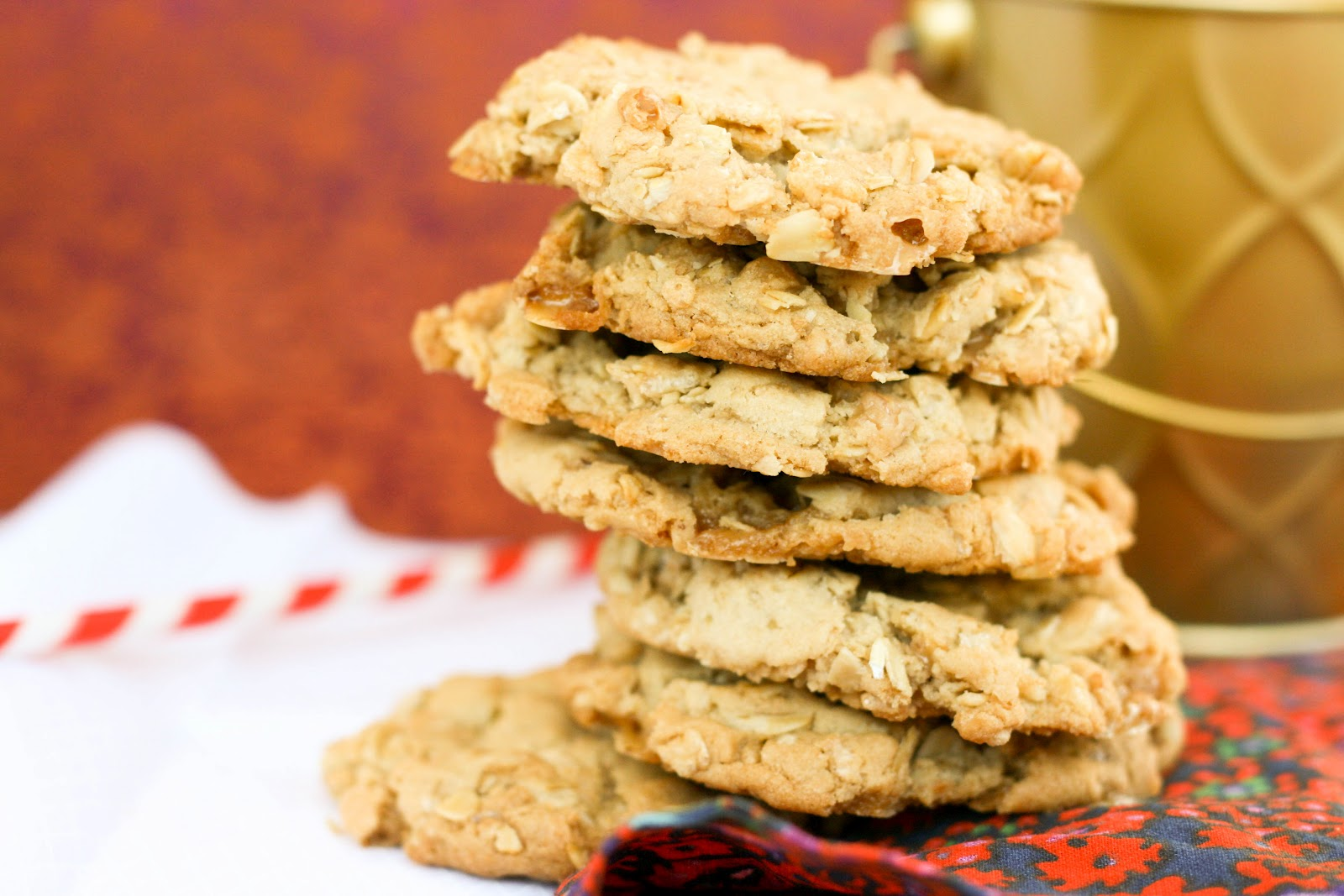 Crispy Oatmeal Toffee Cookies | Krissy's Creations