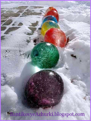 Ледяной новогодний декор зимнего двора своими руками