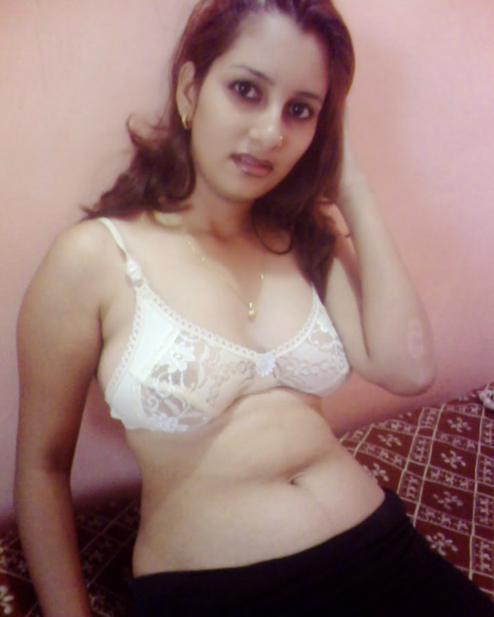 Desi Hot Girls In Bra Panties And Bikini New Photos ...