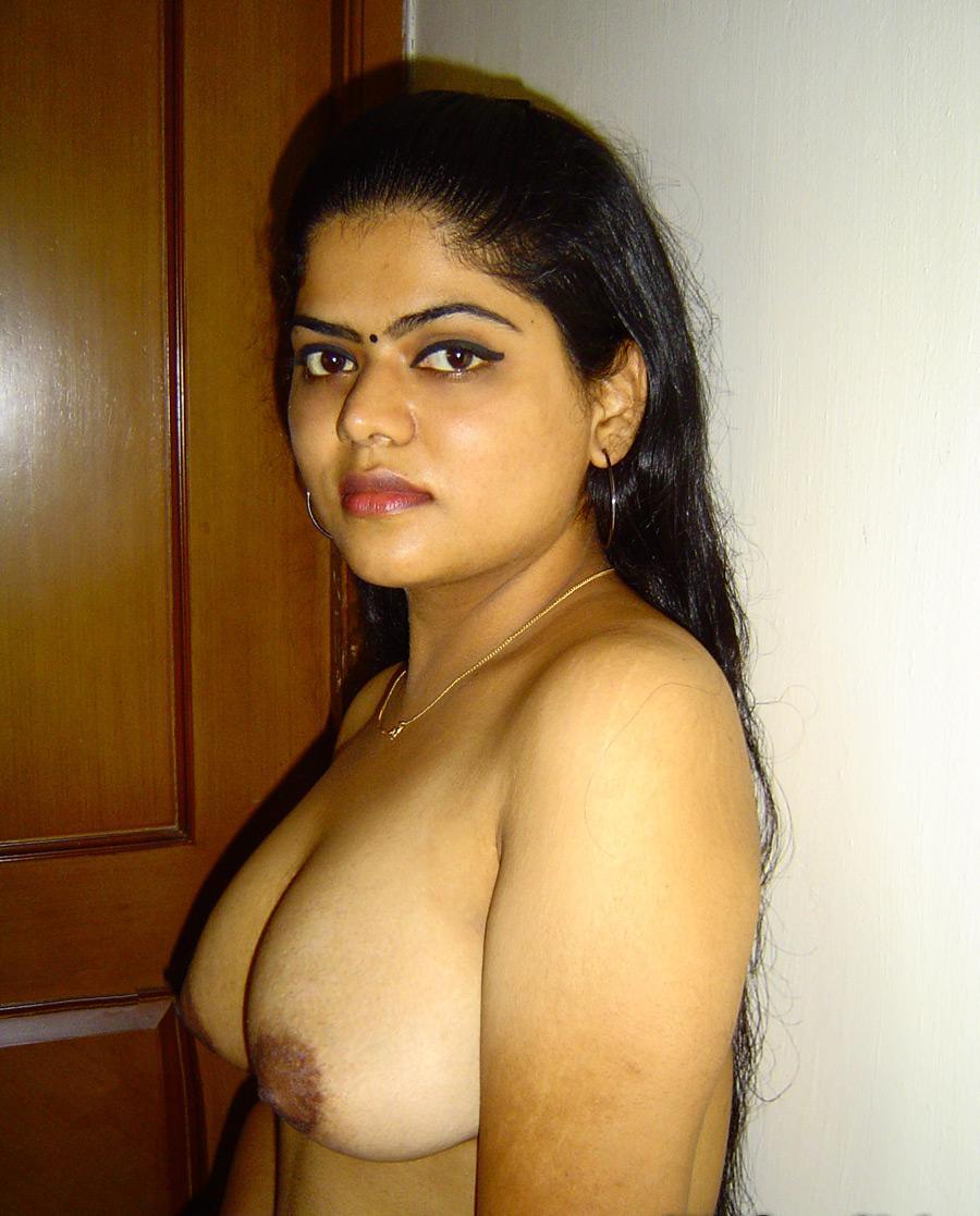 కామ దేవత : NEHA NAIR-DESI BHABHI