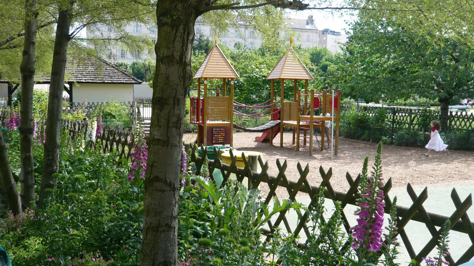 Jardin catherine labour 7 me paris yelp for Jardin catherine laboure