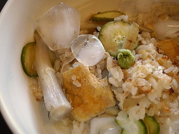 ツナ缶とキュウリの炊き混ぜご飯