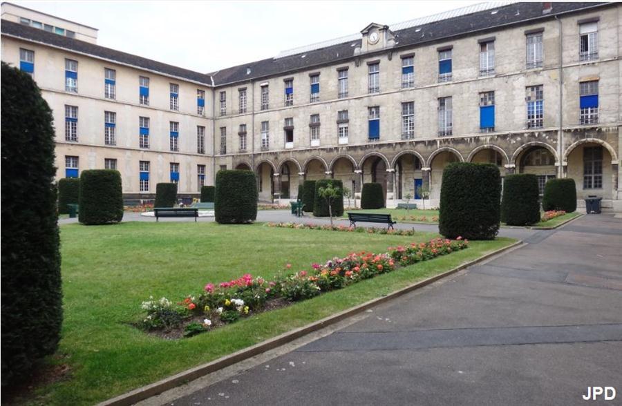 Paris bise art h pital necker - Hopital laennec rue de sevres ...