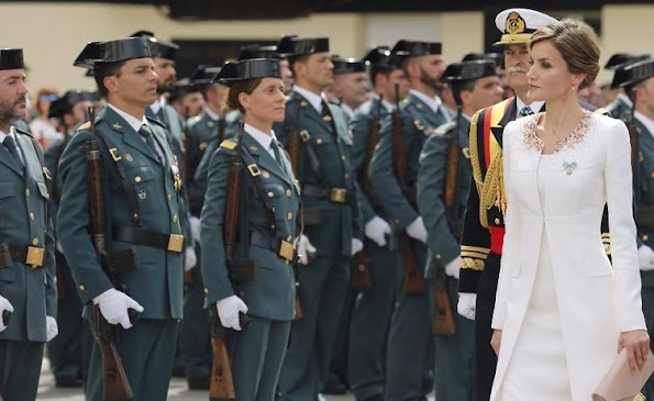 Spain's Queen Letizia delivered the national flag to the 11th National Teach Zone of the Civil Guard