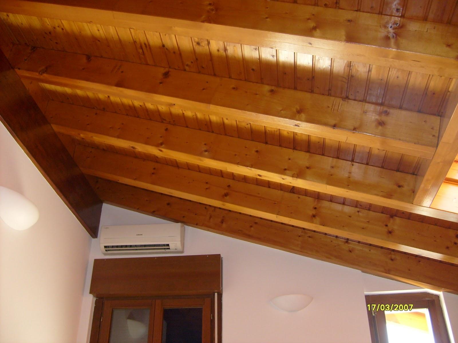 Illuminazione Soffitto Con Travi In Legno : Travi per soffitto. free amazing casa in corso di e ti stai