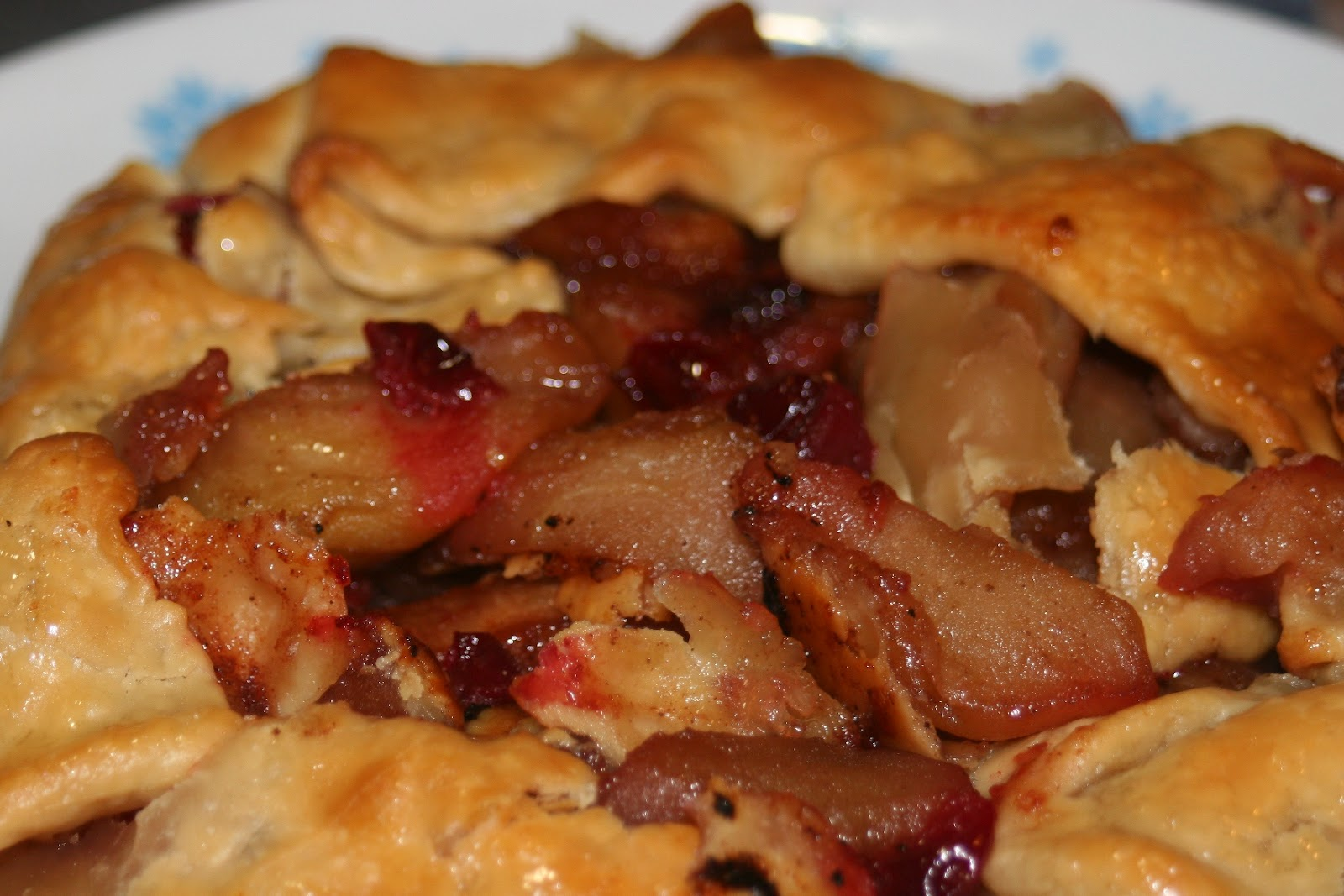 As a form of tart that hails from Italy, the crostata cane be ...
