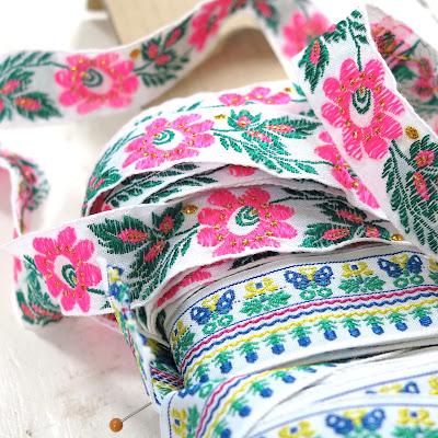 ByHaafner, ribbons, pink, flowers