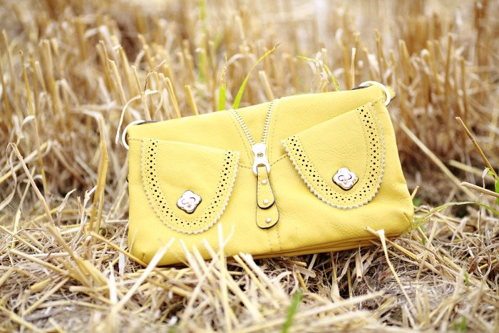 mustard bag, kabelka, mimi boutique, fotky v poli
