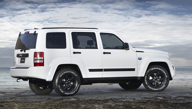 2013 - [Jeep] Cherokee 2012+jeep+Liberty+Arctic+right+side