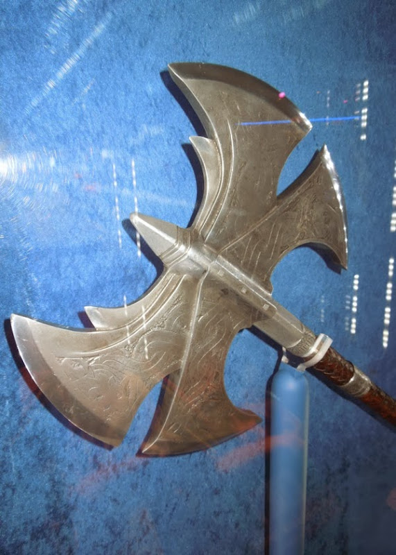 Volstagg axe prop Thor The Dark World