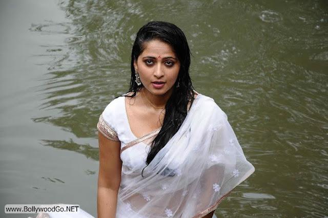 Anushka+Shetty+(4)
