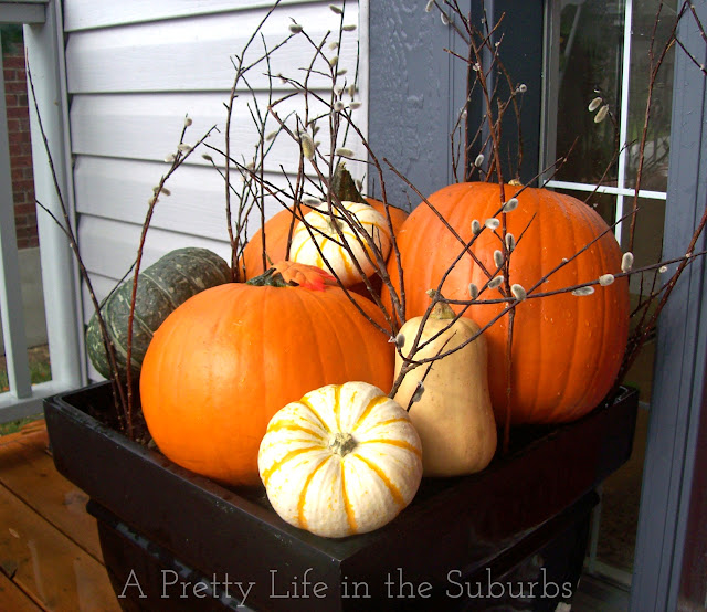 Fall Porch Decorating Ideas {A Pretty Life}