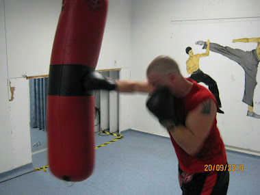 LEARN HOW TO PUNCH FOR POWER AND ACCURACY