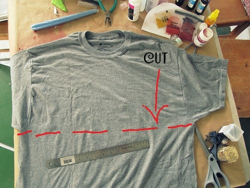 Одна футболка из двух своими руками