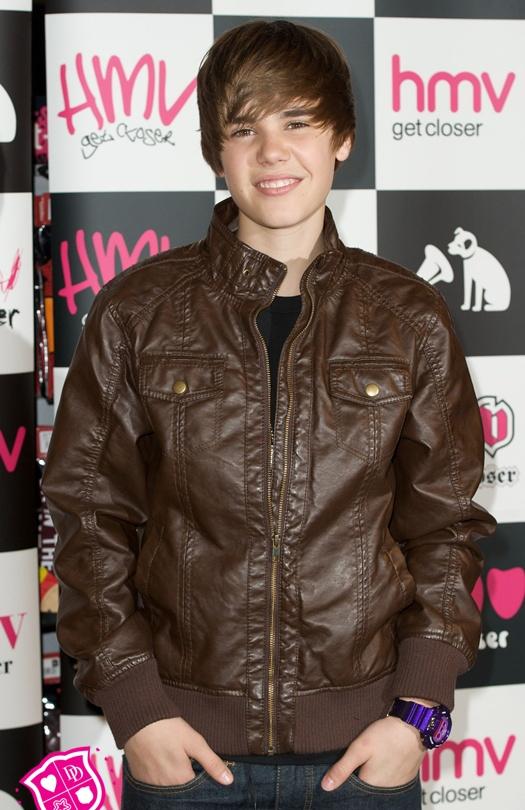 justin bieber 2011 new haircut hot. 2010 Justin Bieber#39;s new